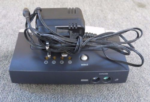Belkin F1DB104P P81035-A OmniView E Series 4-port PS2 KVM Switch With Cables